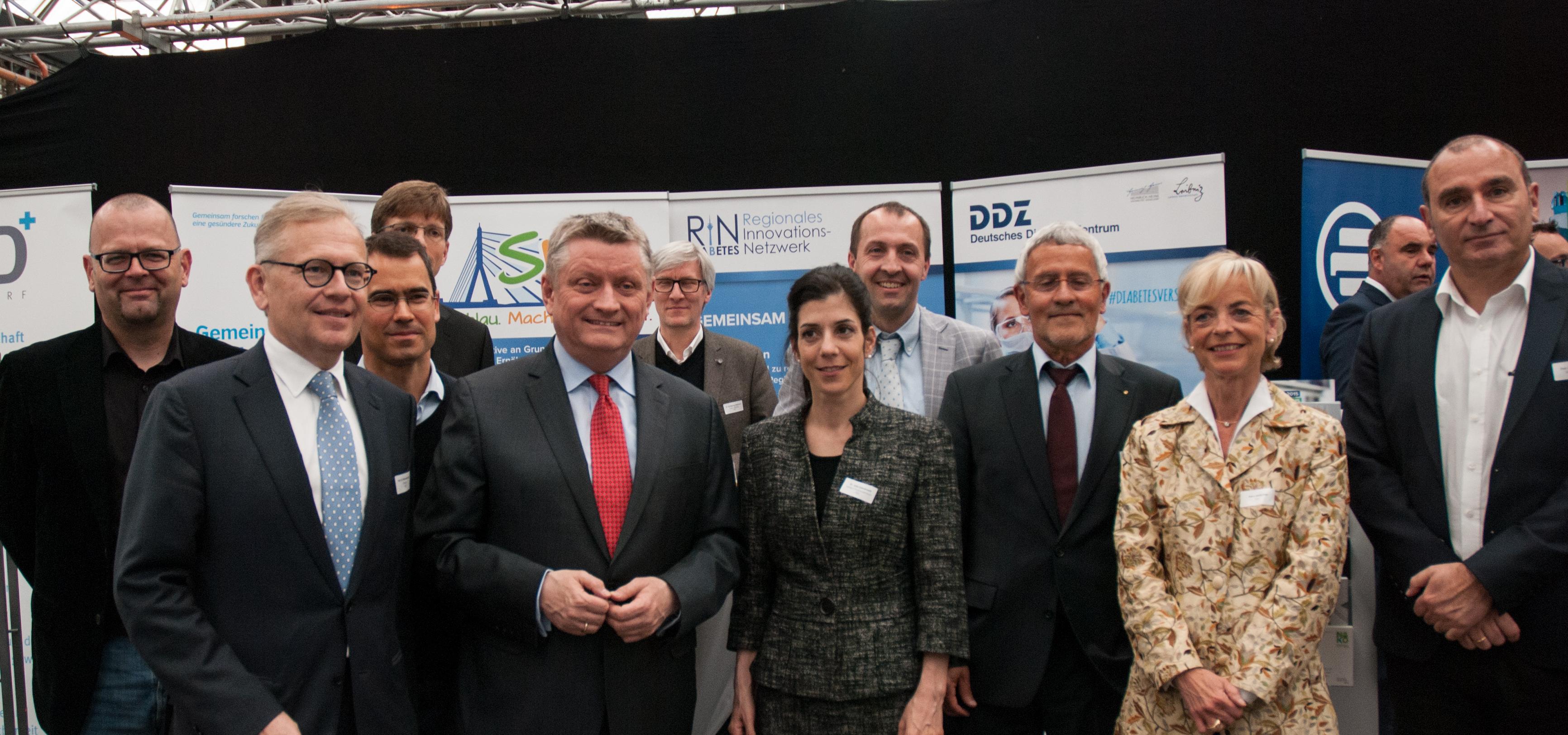 In der Diskussion um die Prävention bei Diabetes: Bundesgesundheitsminister Hermann Gröhe und Prof. Michael Roden, Wissenschaftlicher Direktor und Vorstand des DDZ